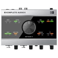 Komplete Audio 6 Top View