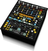 DDM4000 Behringer DJ Mixer right angle