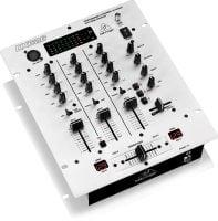 Behringer DX626 DJ Mixer angle