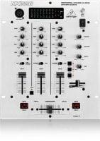 Behringer DX626 DJ Mixer front